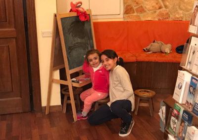 bambini in sala attesa
